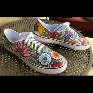 Shoes - Hand-painted designed canvas sneakers